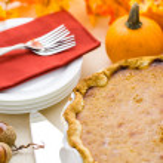 Homemade pumpkin pie — Stock Photo #57576611