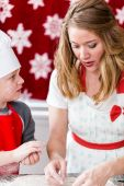 Mother and her son Making cookies — Stock Photo