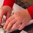 Making marshmallows in shapes of snowflakes — Vídeo Stock #60471477