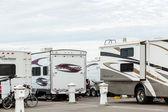 冬天在加利福尼亚州的房车露营 — 图库照片