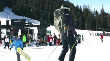 Ski resort at Arapahoe Basin, Colorado — Wideo stockowe