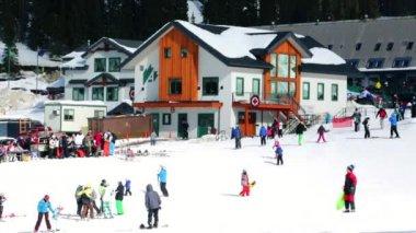 Ski resort at Arapahoe Basin, Colorado — Video Stock