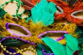 Multicolored decorations, face masks for Mardi Gras — Stockfoto