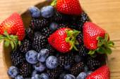 Organic fresh mixed fruit — Stock Photo