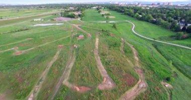 Soccer and baseball fields at Village Greens Park — Vídeo de stock
