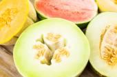Variedad de melones orgánicos — Foto de Stock