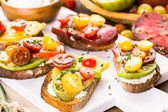 Heirloom Tomatoes sandwiches — Stock Photo