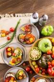 新鲜采摘的传家宝西红柿 — 图库照片