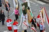 Religious procession in Wroclaw held May 22, 2008 in Wroclaw, Poland — Stock Photo