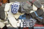 Woolen gloves — Stock Photo