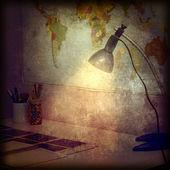 Masa ve duvar haritası retro arka plan — Stok fotoğraf