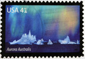 UNITED STATES OF AMERICA - CIRCA 2007: A stamp printed in USA shows the Aurora Borealis, circa 2007 — Стоковое фото