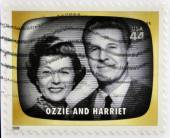 UNITED STATES OF AMERICA - CIRCA 2009: A stamp printed in USA Celebrates Classic TV shows Ozzie and Harriet, circa 2009 — Stockfoto