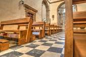 Row of pews in Santa Maria church in Alghero — Stock Photo