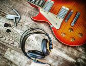 Guitar and headphone in hdr — Zdjęcie stockowe