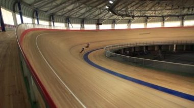 Bicycle Race velodrome competition — Stock Video