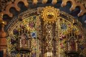 Ornate gold  iconostasis — Stock Photo