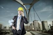 Arkitekt i skyddande hjälm — Stockfoto