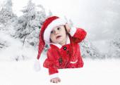 Bébé en chapeau de noël — Photo