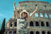 Happiness Female tourist in Rome. — Stock Photo
