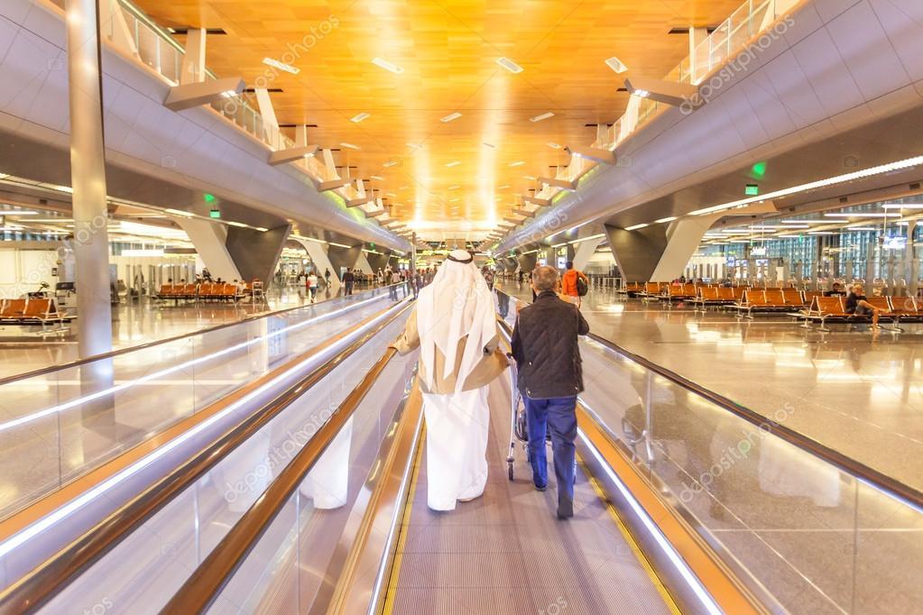 Aeroporto Hamad : Hamad international airport a doha — foto editoriale stock