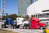 Transport de camions à miami, floride, usa — Photo