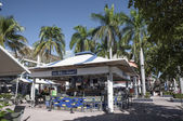 Bar on the promenade in bayside marina in Miami, Florida, USA — Stock Photo