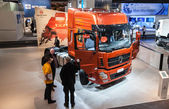 New chinese DONGFENG KL truck at the 65th IAA Commercial Vehicles Fair 2014 in Hannover, Germany — Stock Photo