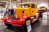 Historic HANOMAG HENSCHEL truck at the 65th IAA Commercial Vehicles Fair 2014 in Hannover, Germany — Stock Photo
