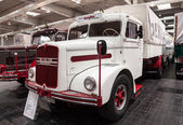 Historic MAN Diesel truck from 1953 at the 65th IAA Commercial Vehicles Fair 2014 in Hannover, Germany — Stock Photo