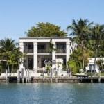 Luxurious mansion on Star Island in Miami, Florida, USA — Stock Photo #54917001