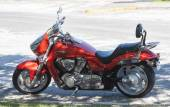 CORAL GABLES, FL USA - NOV 15, 2009: Suzuki Boulevard M109R Motorcylce parked on the road side in Coral Gables, Florida, USA — Stock Photo