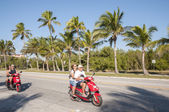 Tourists on scooters in Key West, Florida, USA — Stock Photo