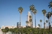 Minaret of the ancient Koutoubia mosque in the city of Marrakesh — Stock Photo