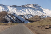 Road in the Atlas mountains in Morocco — Stock Photo