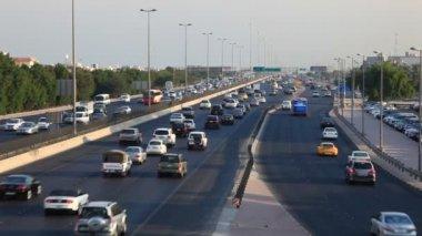 Traffic in Kuwait — Vídeo Stock