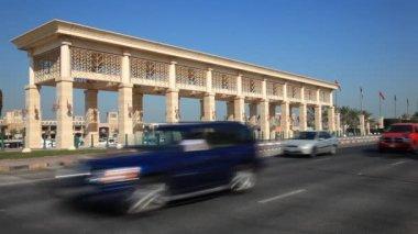 Traffic in Kuwait City — Vídeo Stock