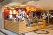 Popcornopolis inside of the Marina Mall, Kuwait. December 7, 2014 in Kuwait, Middle East — Stock Photo