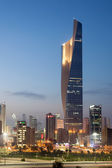 Tallest building in Kuwait City - the Al Hamra Tower at dusk. December 10, 2014 in Kuwait City, Middle East — Stock Photo