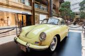 Old Porsche at the classic cars exhibition inside of The Avenues Mall in Kuwait. December 10, 2014 in Kuwait City, Middle East — Stock Photo