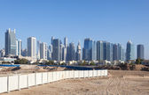 ドバイ ・ マリーナ、ジュメイラ ・ レイク ・ タワーズのスカイライン。ドバイ、アラブ首長国連邦 — ストック写真