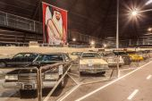 ABU DHABI - DEC 22: Cars Collection at the Emirates National Auto Museum in Abu Dhabi. December 22, 2014 in Abu Dhabi, UAE — Stock Photo
