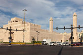 AL AIN, UAE - DEC 15: Sheikha Salama Bint Betty Mosque in Al Ain, Emirate of Abu Dhabi. December 15, 2014 in Al Ain, United Arab Emirates — Stock Photo