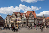 BREMEN, GERMANY - APR 5: Main square in the old town of Bremen. April 5, 2014 in Bremen, Germany — 图库照片