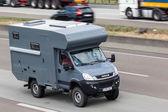 IVECO offroad camper — Zdjęcie stockowe