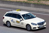 Mercedes Benz Taxi on the highway in Germany — Fotografia Stock