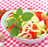 Freshly prepared salad - vegan food (vegetarian food) — Stock Photo