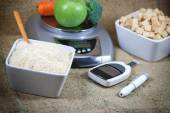Diabetes, control diabetes and proper nutrition — Stock Photo