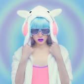 Teddy Bear Girl DJ. Crazy winter party. Club dance style — ストック写真