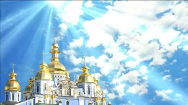 Easter video for Easter. Beautiful background for Easter. Celebratory background for Easter. Video background screensaver for Easter. Church with gold domes. Moving clouds, the sun is shining rays. — Stock Video